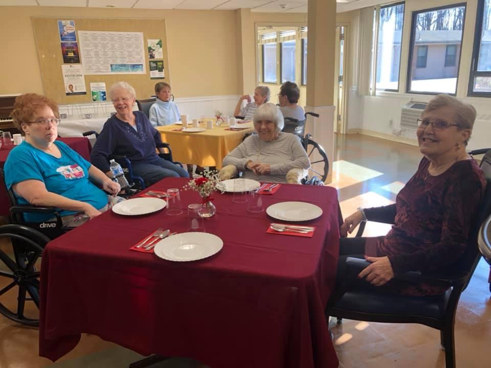 Laurel-Brook-Christmas-Eve-Lunch-4
