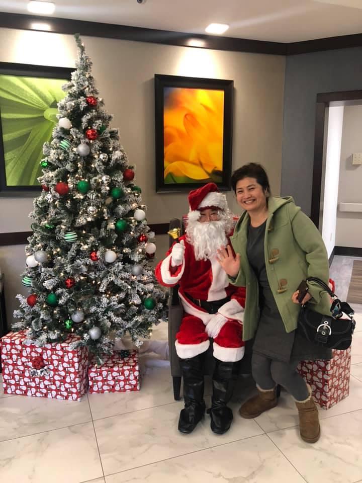 Laurel-Brook-Santa-Visit-9